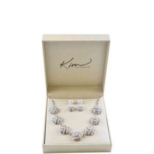 NIB Pearl Silver Tone Necklace and Earrings
